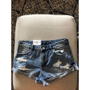H&M Low Rise Distressed Shorts